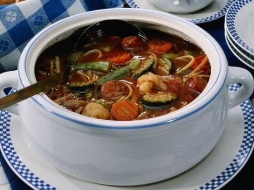 Sopa de verduras de cosecha